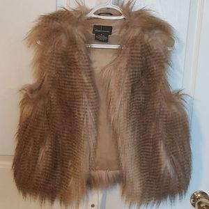 3/$35 Moda International Faux Fur Vest. New Medium